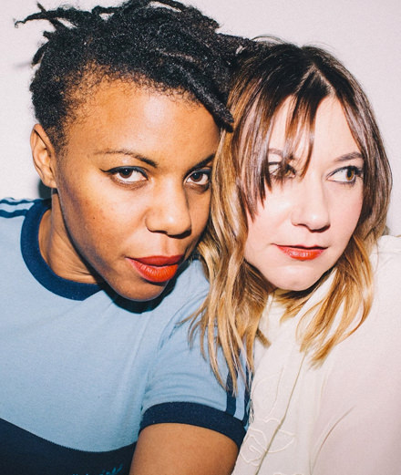 Rencontre avec Sink Ya Teeth, le duo qui renouvelle le post-punk