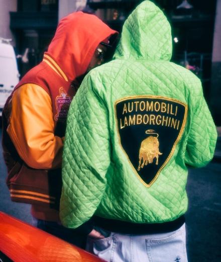 Les blasons Lamborghini s'invitent sur une collection Supreme