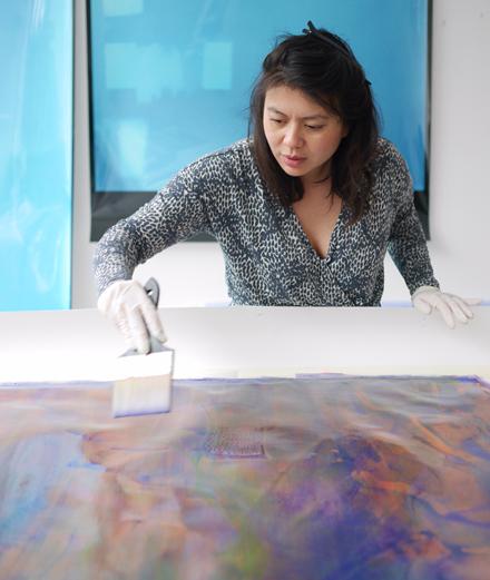 Qui est Thu-Van Tran, l'artiste qui représente l'invisible ?
