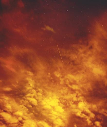 Le photographe Trevor Paglen capture un ciel 2.0