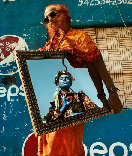 Fashion series : Txema Yeste's flamboyant India with Charlie Fraser