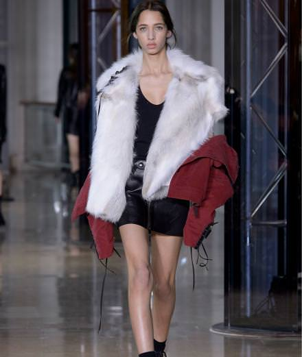 Anthony Vaccarello fall-winter 2016-2017 runway show