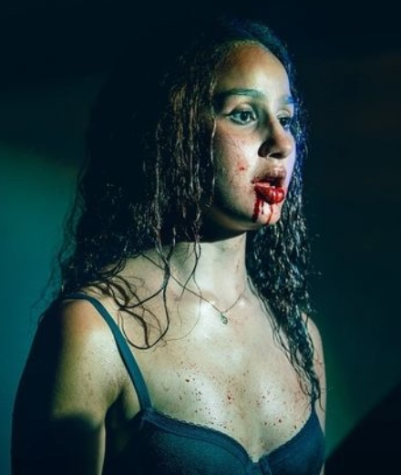 """Que penser de """"Vampires"""", la première série française sur le mythe?"""