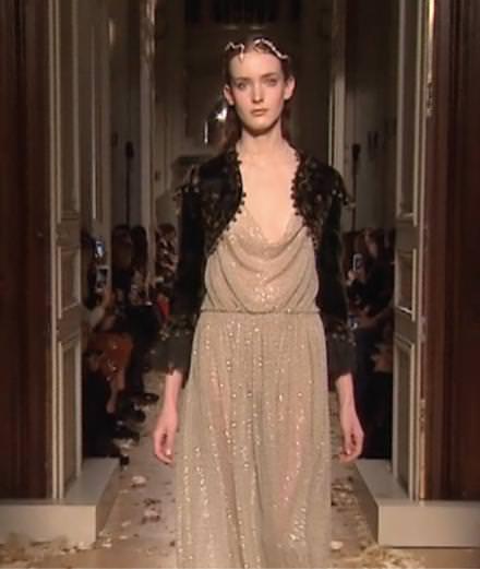 La vidéo du défilé Valentino haute couture printemps-été 2016