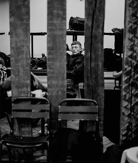 Backstage : le défilé Yohji Yamamoto homme automne-hiver 2019-2020 vu par Saint-Ambroise