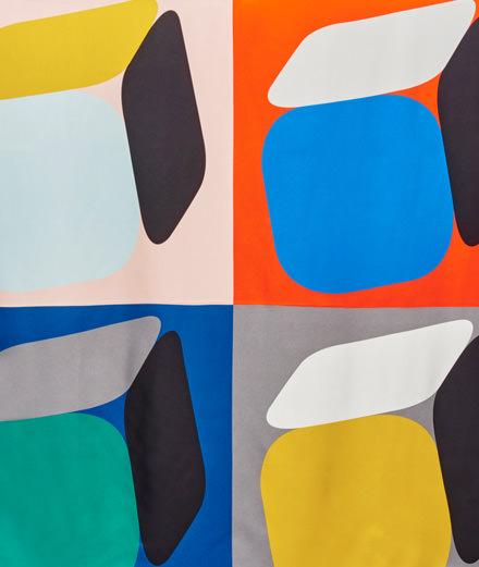 Le foulard, accessoire ultime de Pierre Hardy pour l'été 2018