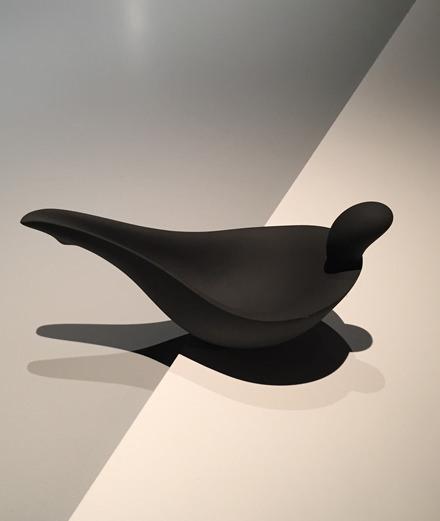 Douze créations fascinantes d'Aldo Bakker, designer aux lignes pures