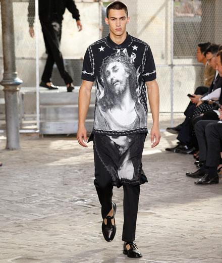Le défilé homme printemps-été 2016 de Givenchy par Riccardo Tisci