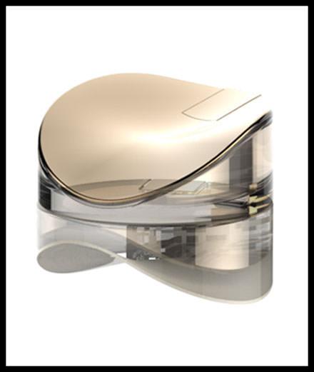 Le parfum mixte d'Emmanuelle Khanh
