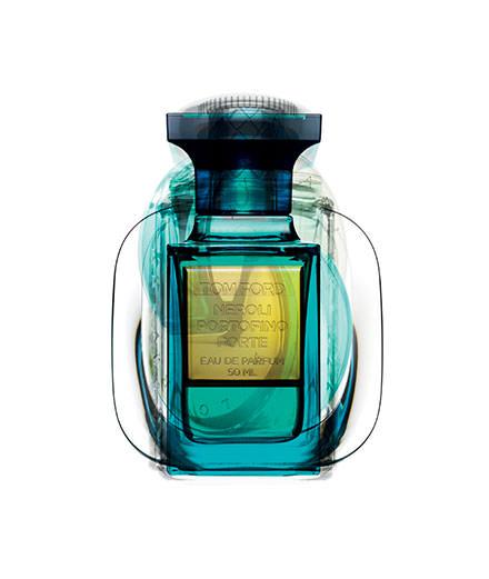"""""""Corps à corps"""", les parfums bleutés par Guido Mocafico"""