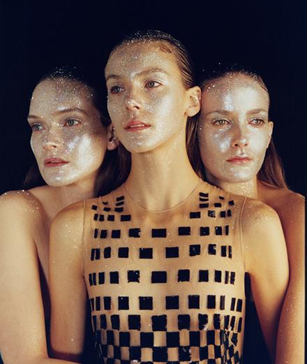 Illuminations par Michal Pudelka avec Phillipa Hemphrey, Eliza Thomas et Lucy Evans
