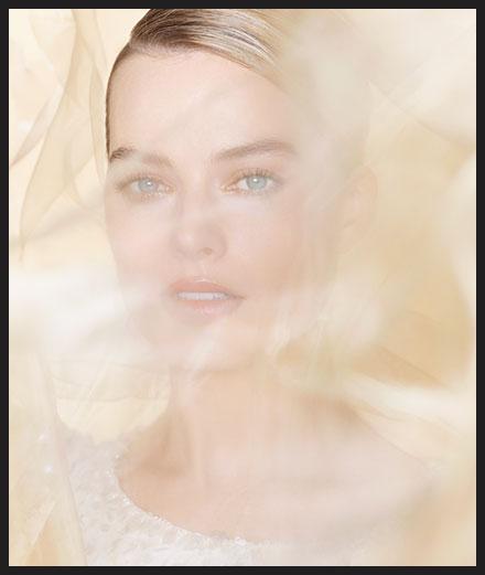 Margot Robbie, nouveau visage du prochain parfum Chanel