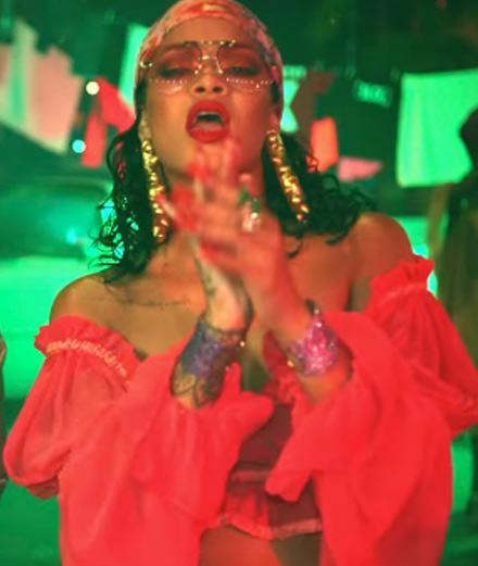 """Le retour flamboyant de Rihanna avec le clip """"Wild Thoughts"""" produit par Dj Khaled"""