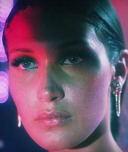 Bella Hadid, héroïne du nouveau clip de The Weeknd