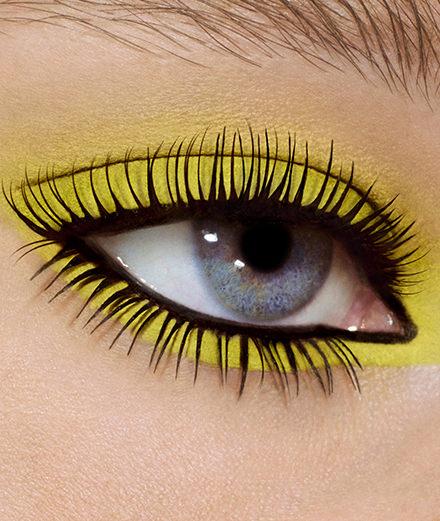 La touche jaune de Christian Louboutin, M.A.C, Dior ou Make Up For Ever