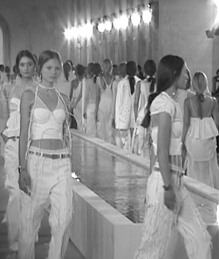 Balenciaga spring-summer 2016 show