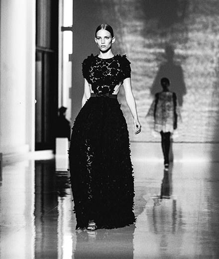 Le défilé Givenchy haute couture printemps-été 2019 vu par Saint-Ambroise