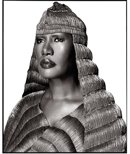 """Grace Jones's wholhearted confessions: """"We snorted cocaine like others drank coffee."""""""