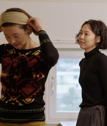 Le cinéaste sud-coréen Hong Sang-soo dévoile le teaser de son film primé à Berlin