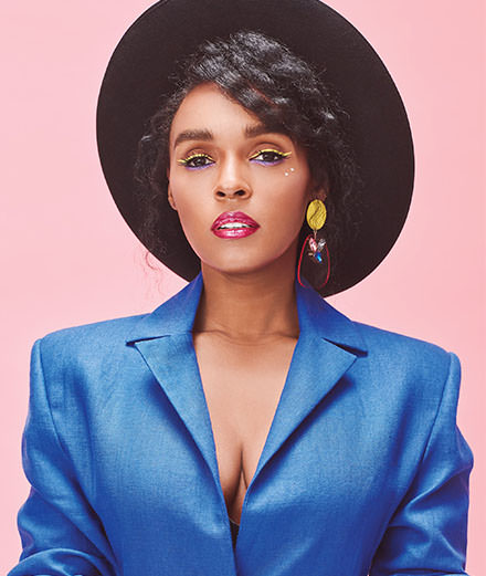"Janelle Monáe milite aux côtés de Julianne Moore dans ""The Glorias : A Life on the Road"""