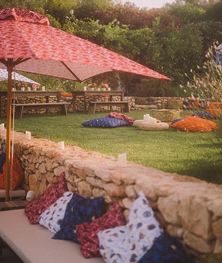 """La soirée de lancement du """"Cushion Bag"""" par Loewe, à Ibiza"""
