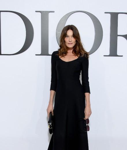 Carla Bruni et Demi Moore au défilé Dior automne-hiver 2020-2021