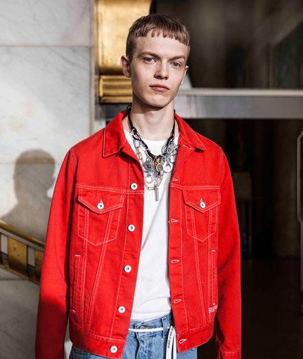 Backstage : Off-White men spring-summer 2019 fashion show seen by Mehdi Mendas
