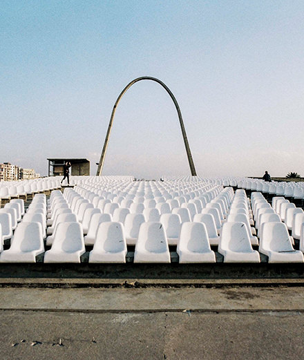Comment sauver les vestiges futuristes d'Oscar Niemeyer au Liban ?
