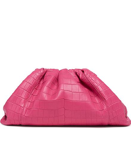 L'objet du jour : le sac The Pouch de Bottega Veneta