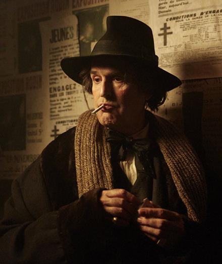 "Rupert Everett met en scène la vie troublée d'Oscar Wilde dans ""The Happy Prince"""