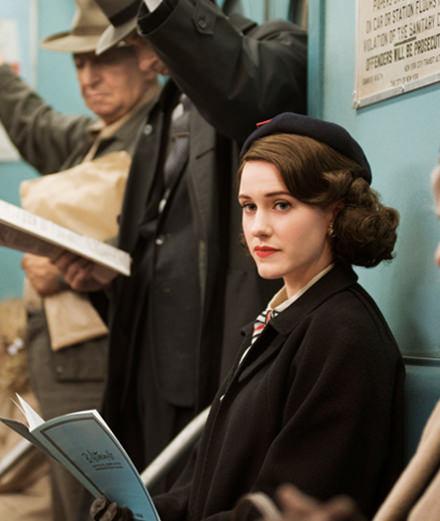 """""""The Marvelous Mrs. Maisel"""", la série comique qui a tout rafflé aux Emmys"""
