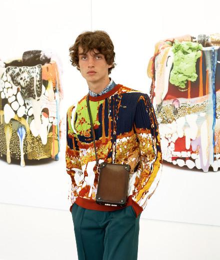 Berluti invite le sculpteur américain Brian Rochefort pour sa nouvelle collection