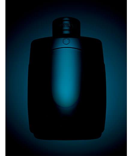 """""""Tapage nocturne interdit"""", les parfums masculins dans l'objectif de Guido Mocafico"""