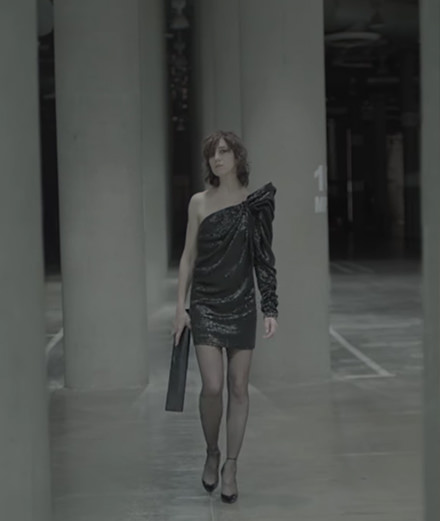 Charlotte Gainsbourg, nouvelle muse d'Anthony Vaccarello chez Saint Laurent