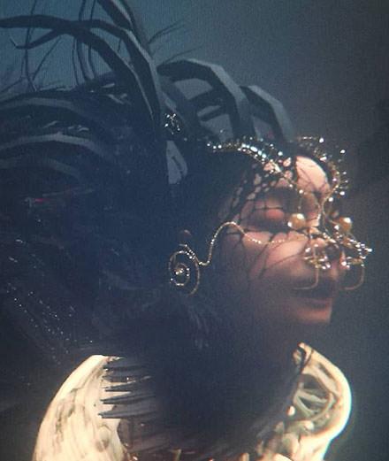 """Björk dévoile le clip """"Notget"""" en réalité virtuelle"""