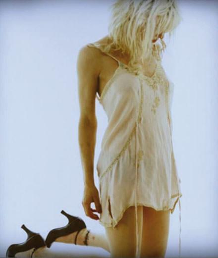 """""""Pourquoi je suis fascinée par Courtney Love"""" par Violaine Schütz"""