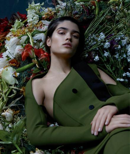 """Exclusif : la série mode """"Les fleurs du mal"""" par Katja Mayer"""