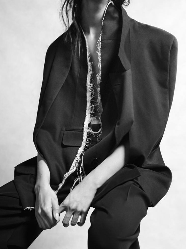 Couture été 2003, Collection Vice Versa Maison Anne Valérie Hash © Fabrice Laroche