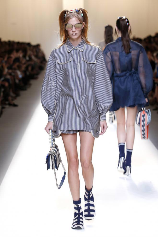 Les looks d inspiration rococo du défilé Fendi 089efc06e1d