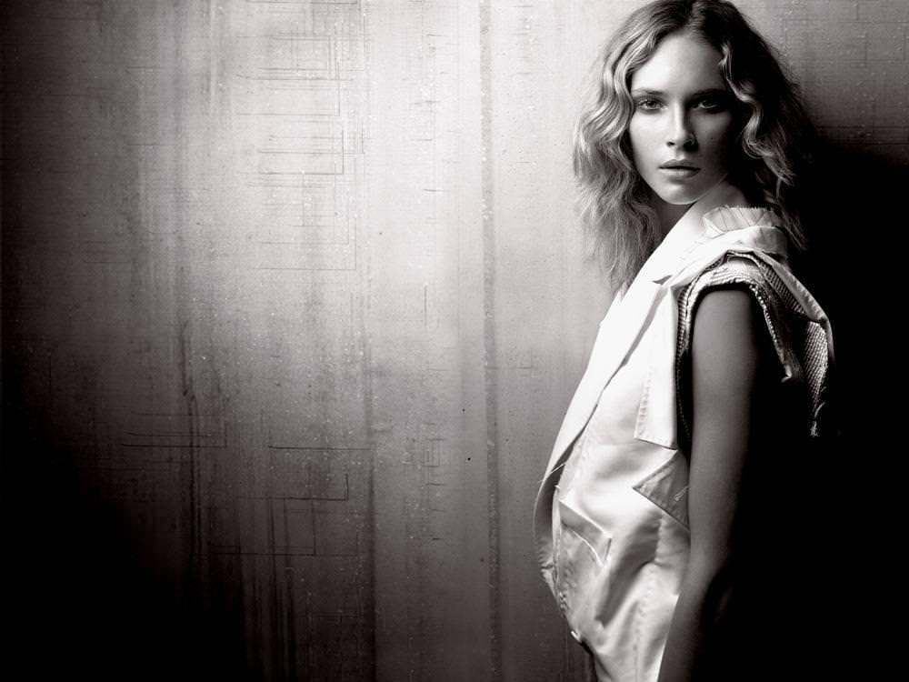 Couture été 2004, Collection Inui Maison Anne Valérie Hash © Michelangelo di Battista