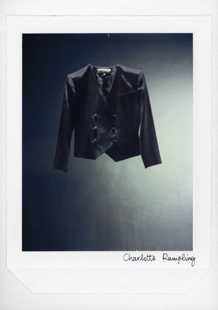 Veste de Charlotte Rampling. Haute Couture été 2010, Collection Confidences Maison Anne Valérie Hash © Fabrice Laroche