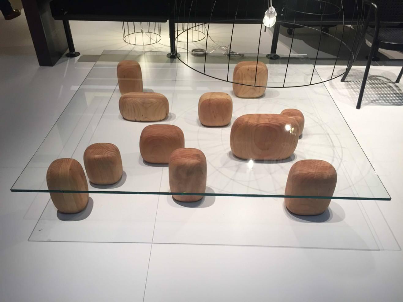 Table Ishi (2016) de Nendo, chez De Padova.